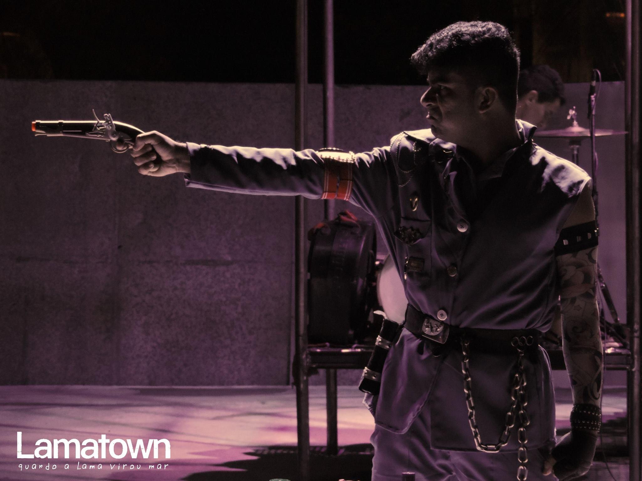 Lamatown. General Shoots the Revolutionary.