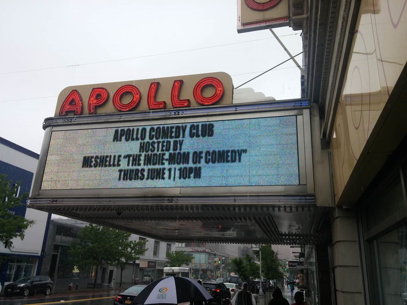 MESHELLE on GRAND MARQUEE of [World Famous]APOLLO THEATER