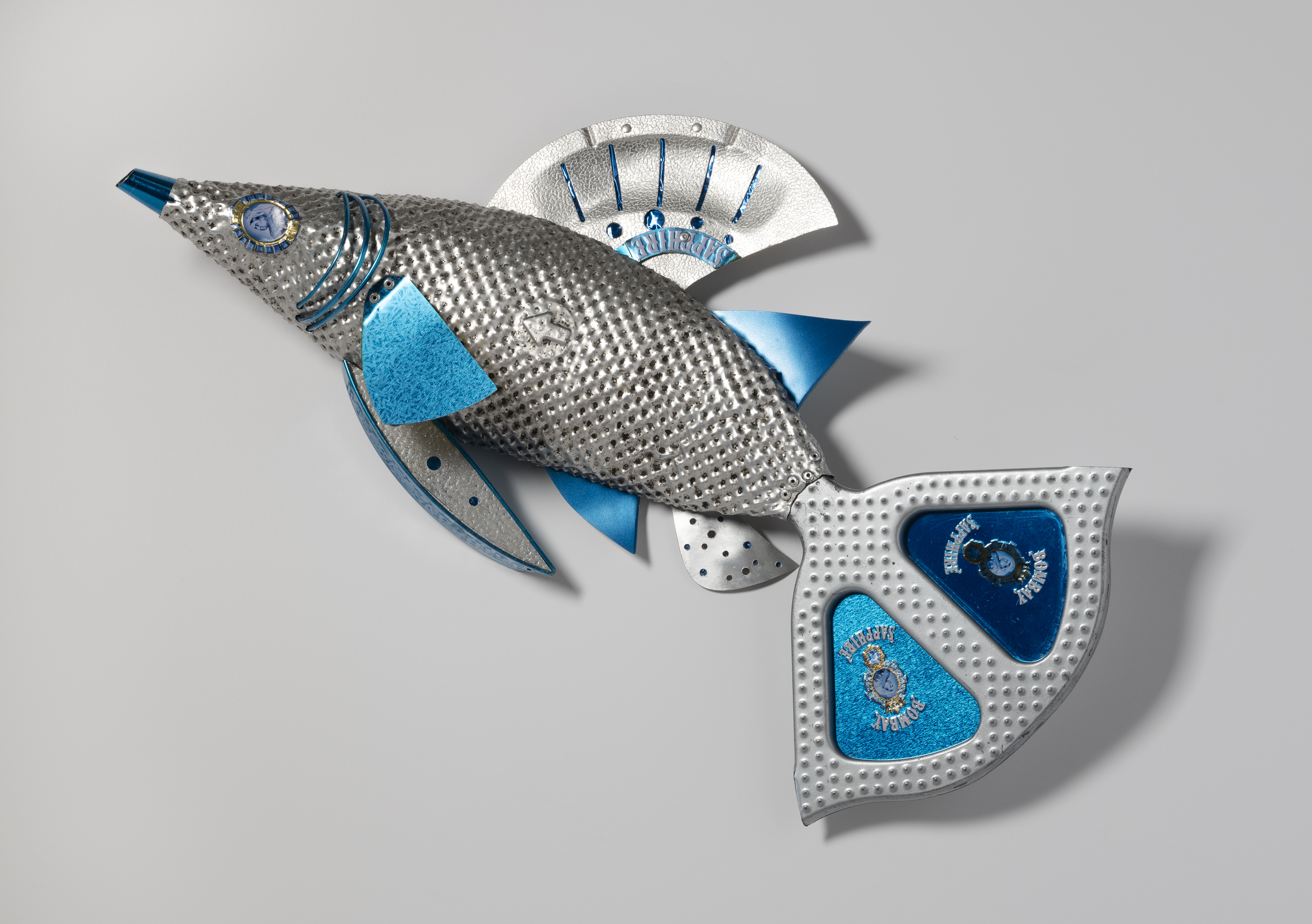 wall assemblage, found objects, fish, sculpture, ocean