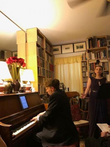 Annie Gill, Soprano