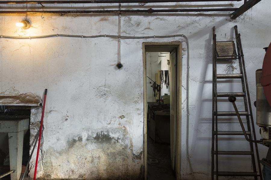 Narrow Door & Ladder
