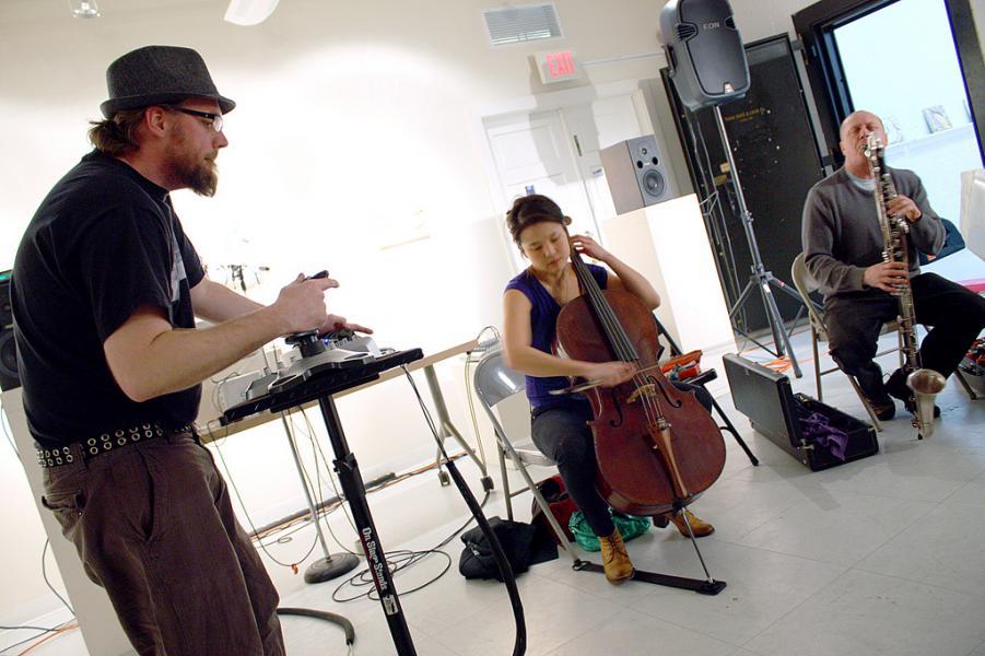 Jeff Carey // Audrey Chen // John Dierker trio