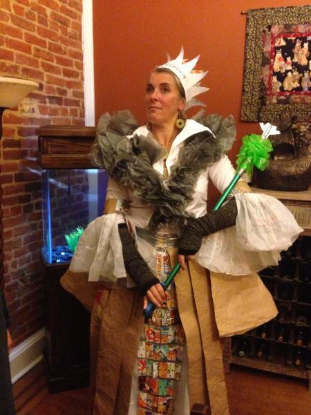 Parlato - BTT School Program - Recyqueen costume