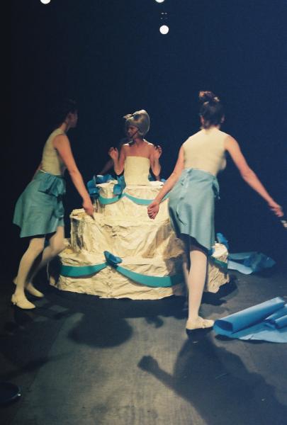 Cake: Performers: Mandy Morrison, Kelly Kivland, Rebecca Davis, Nora Stevens