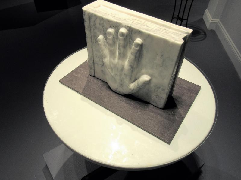 Marble sculpture by Alan Rhody